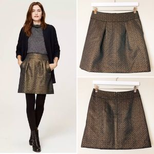LOFT Gold Metallic Jacquard Mini Shift Skirt Sz 2